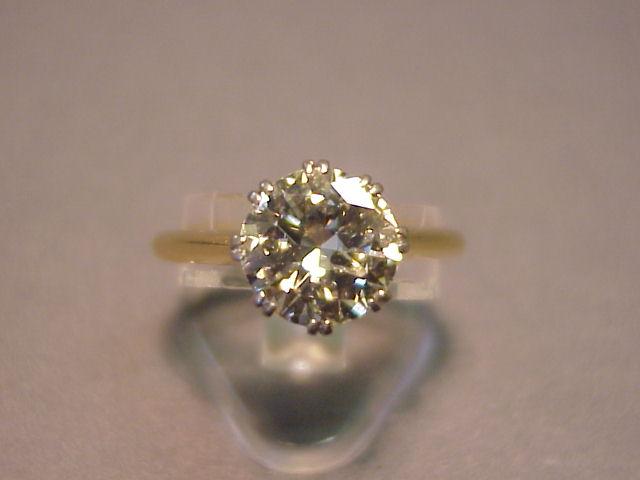 A Beautiful Solitaire Diamond Modern Amp Antique