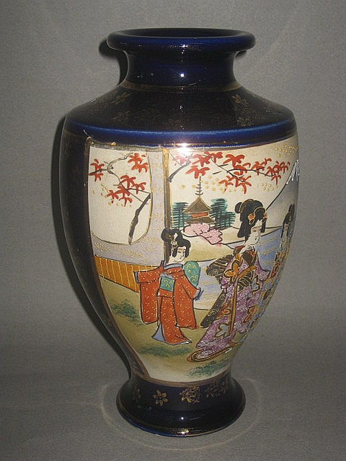 A Japanese Satsuma Vase On Blue Fine Antique Furniture Porcelain
