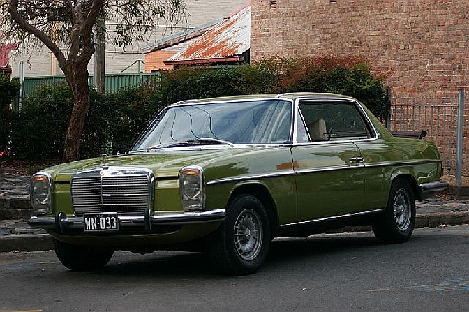 1975 mercedes benz 280ce collectors 39 motor cars for Mercedes benz 280ce for sale