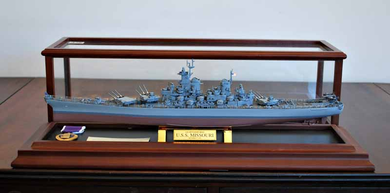 Uss Missouri Scale Model Collectables Jewellery Furniture And A Maritime Collection From