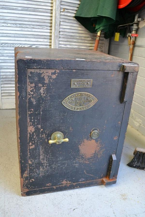 Antique Safe The Ajax Furniture Lighting Amp Estate