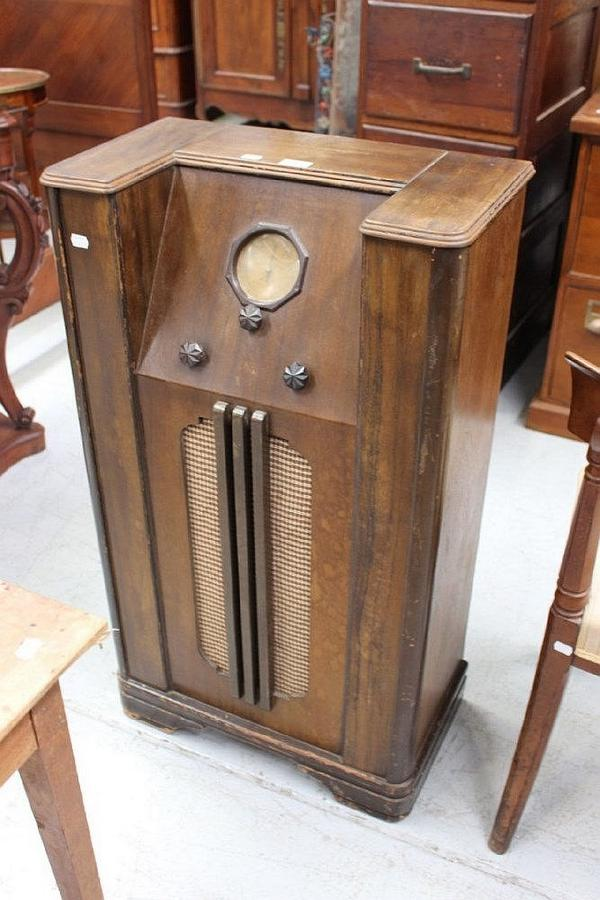 Vintage Floor Standing Radio Antiques Decorative Arts