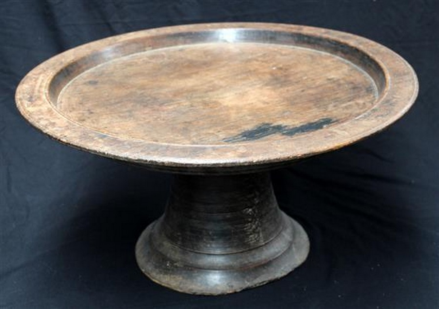 A large thai wooden food stand antiques interiors for Antique thai cuisine