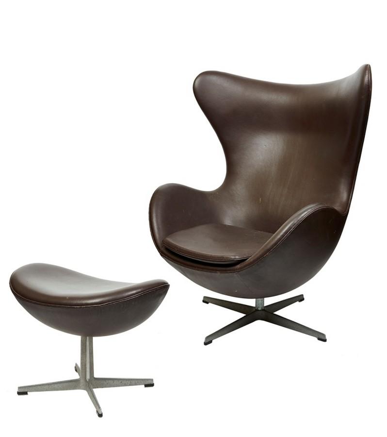 arne jacobsen danish design contemporary art shapiro auctioneers antiques reporter. Black Bedroom Furniture Sets. Home Design Ideas