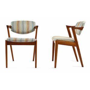 Modern design leonard joel pty ltd antiques reporter for Decor 18 international pty ltd